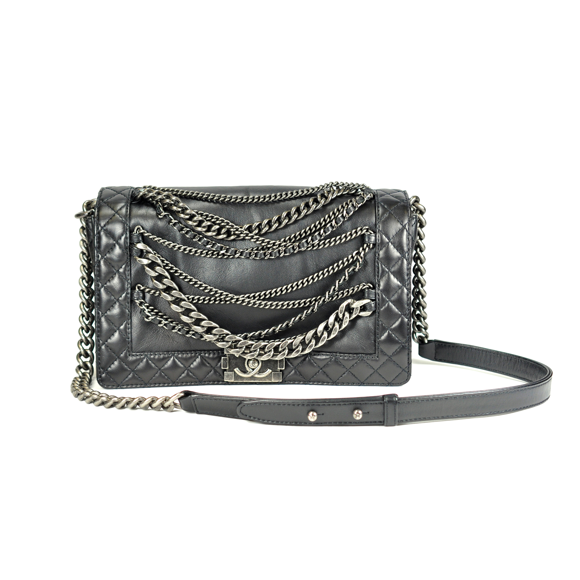 02bd9168da5c Authentic Second Hand Chanel Enchained Boy Bag (PSS-048-00009)   THE FIFTH  COLLECTION