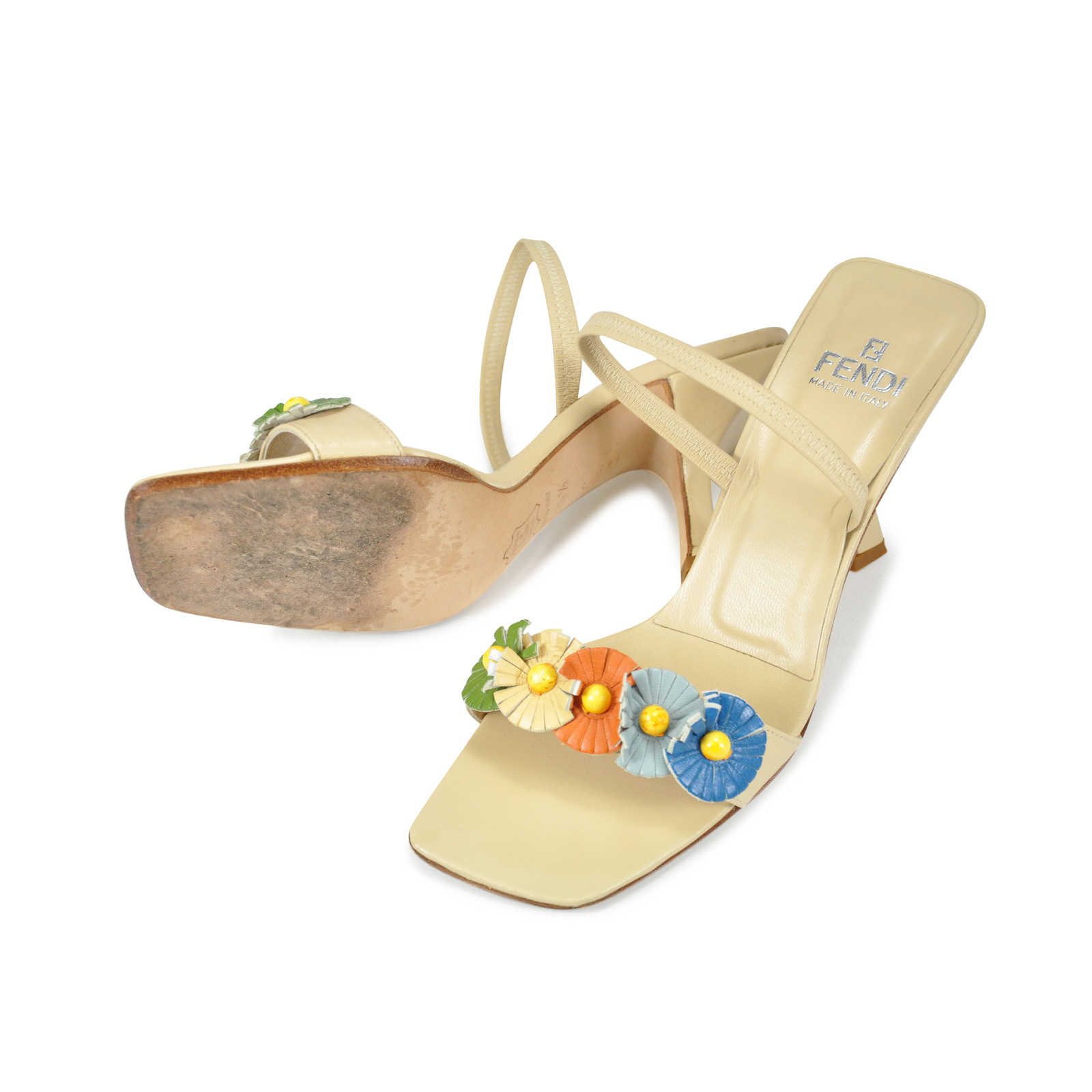 83e5f1b17eec ... Authentic Second Hand Fendi Floral Kitten Heels (PSS-047-00038) -  Thumbnail ...