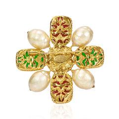 Chanel gripoix maltese cross brooch 2