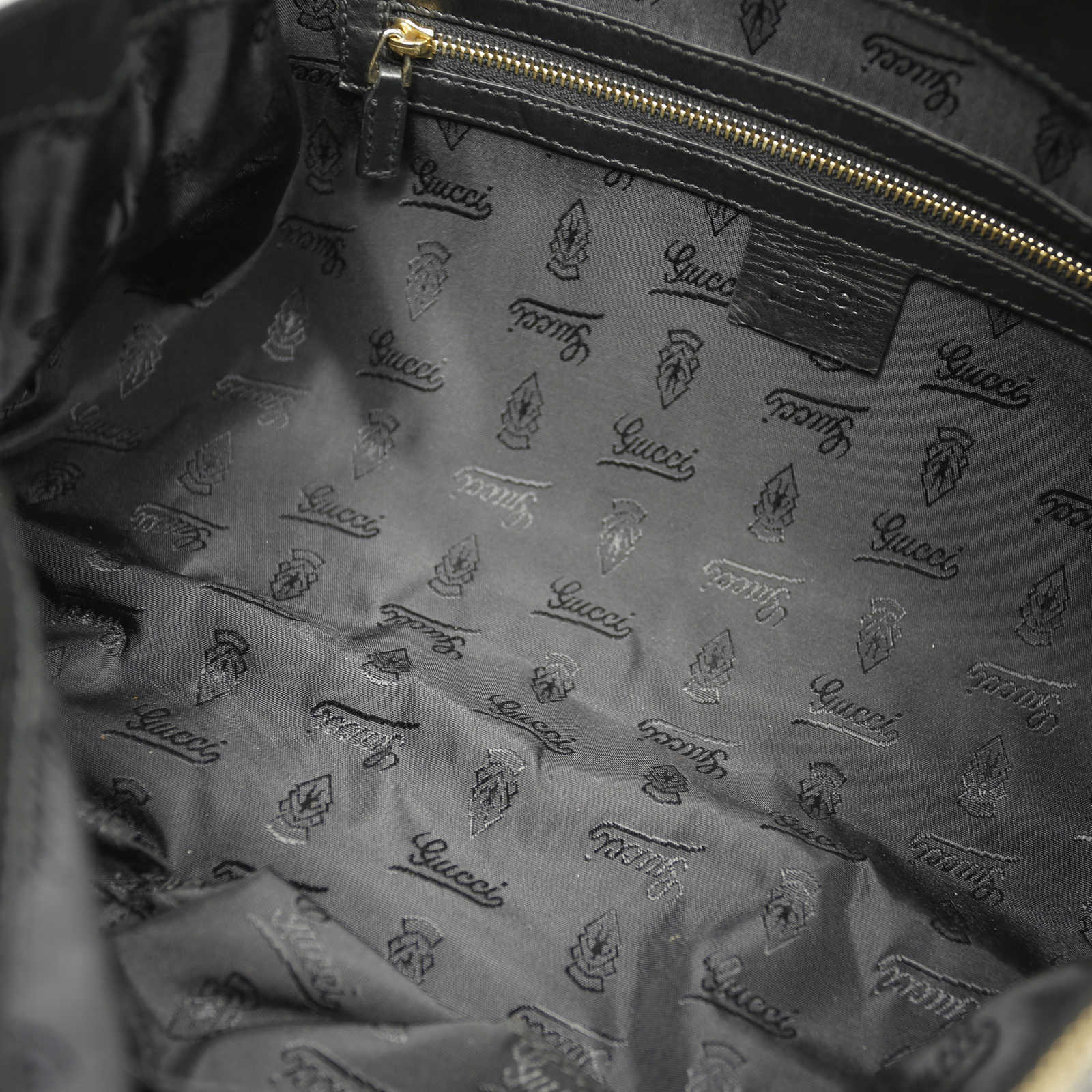 7d0b0603d ... Authentic Second Hand Gucci Hysteria Clutch (PSS-148-00003) - Thumbnail  3