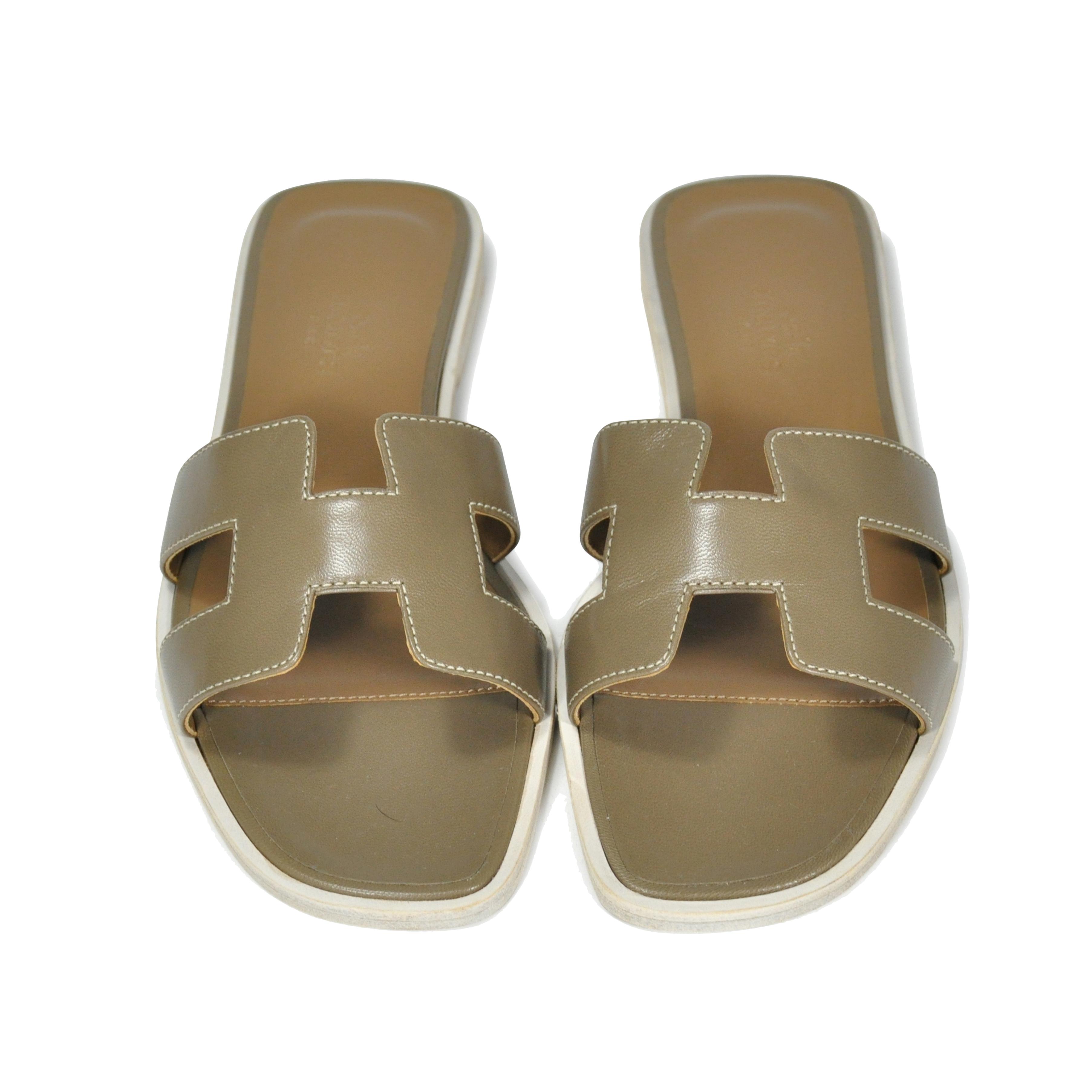 deb7a82507e8 Authentic Second Hand Hermès Oran Sandals (PSS-153-00005)