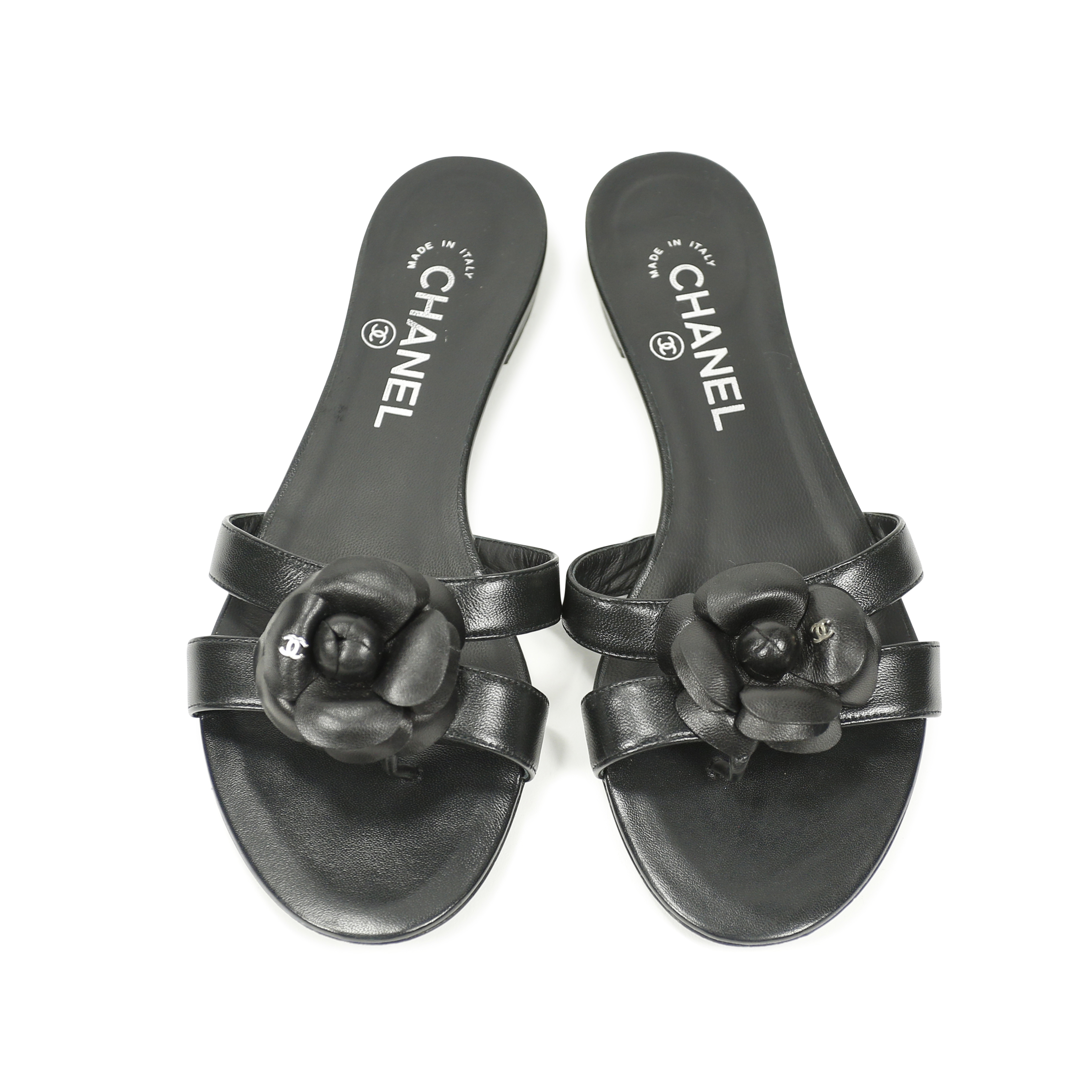 eb1d8ff07172 Authentic Second Hand Chanel Camellia Flat Thongs Sandal (PSS-156-00038)