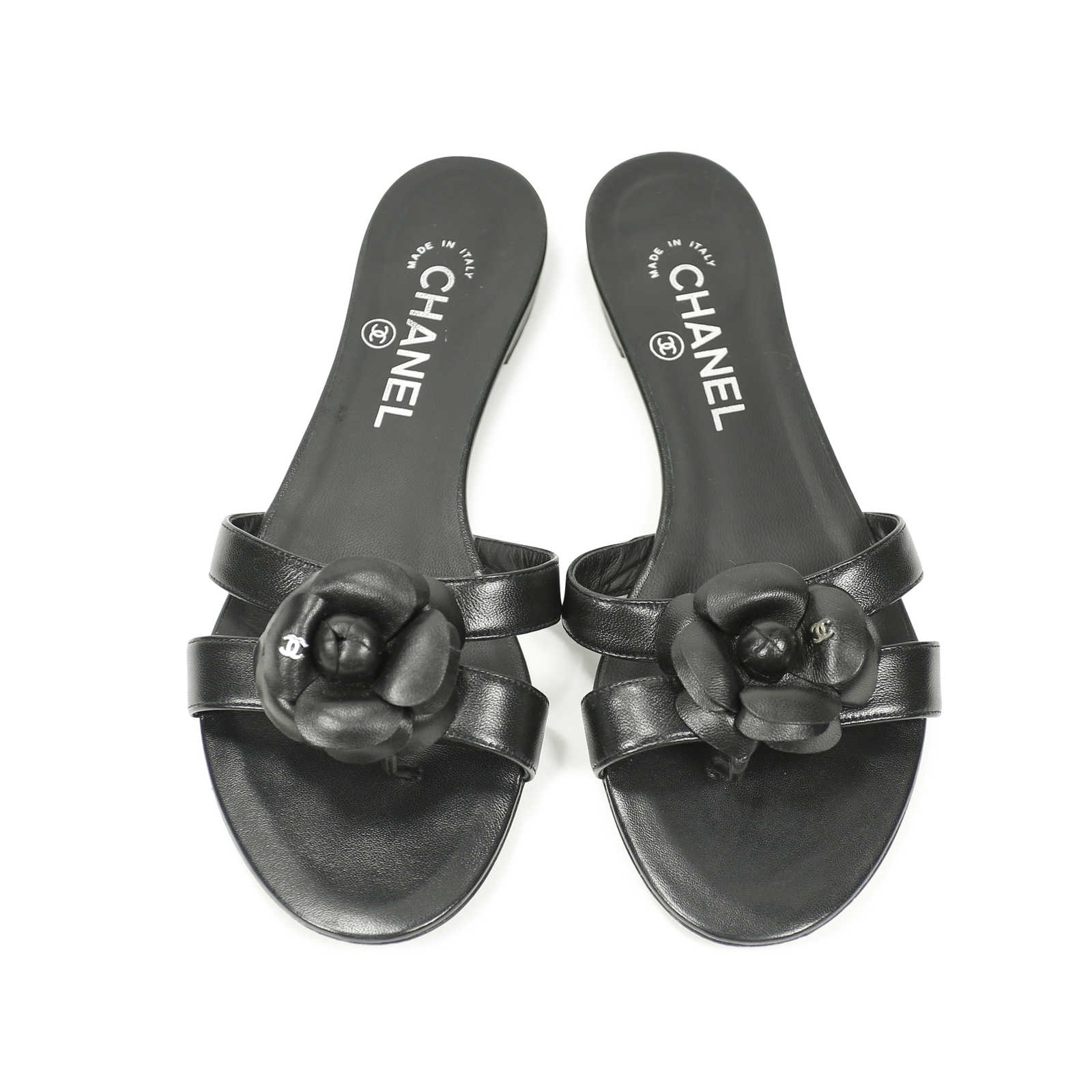 e5d39d3bb6e0 Authentic Second Hand Chanel Camellia Flat Thongs Sandal (PSS-156-00038) ...
