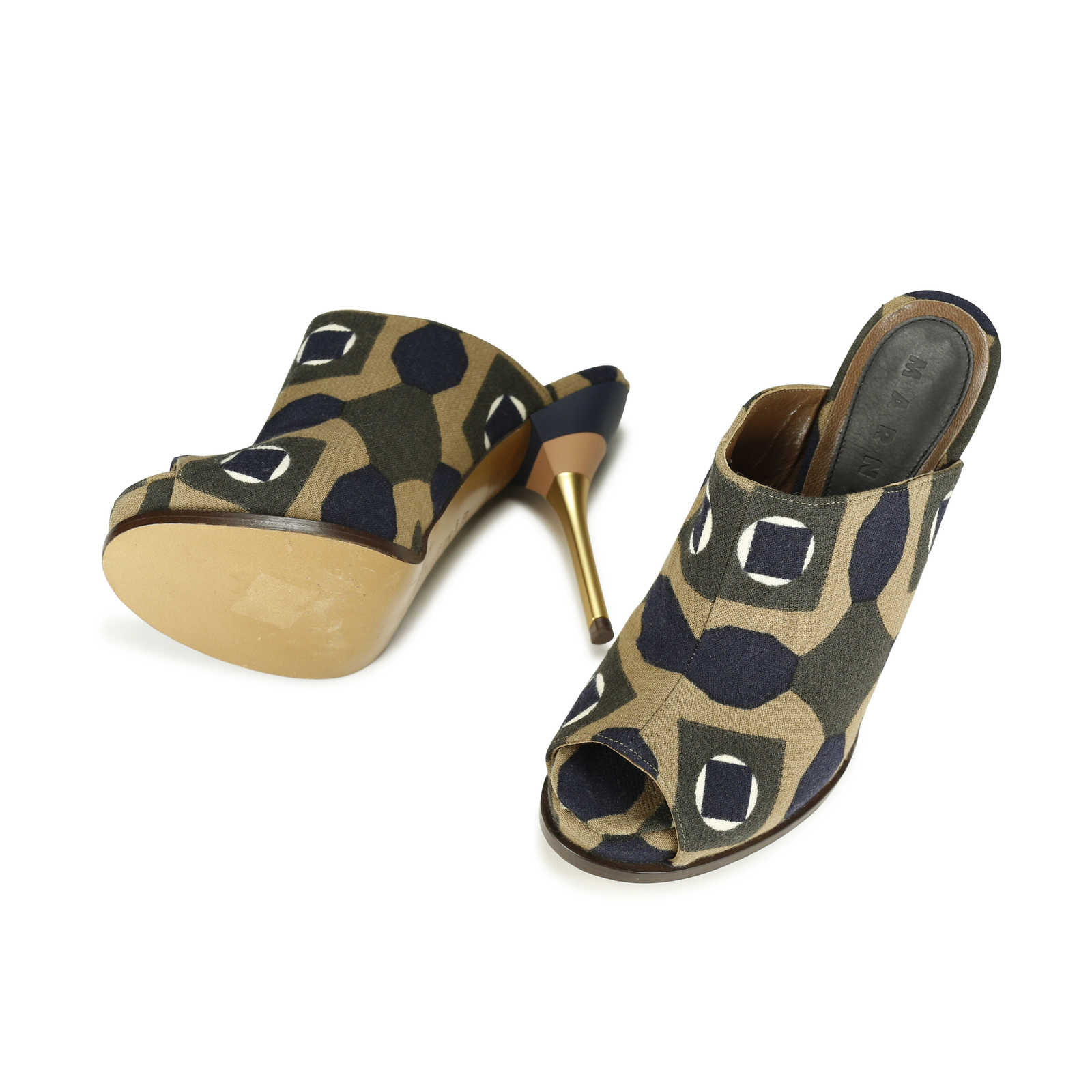 69c919ada89c ... Authentic Second Hand Marni Geometric Printed Canvas Mules  (PSS-156-00035) ...