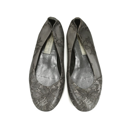 Authentic Second Hand Stella McCartney Lace Flats (PSS-158-00036)