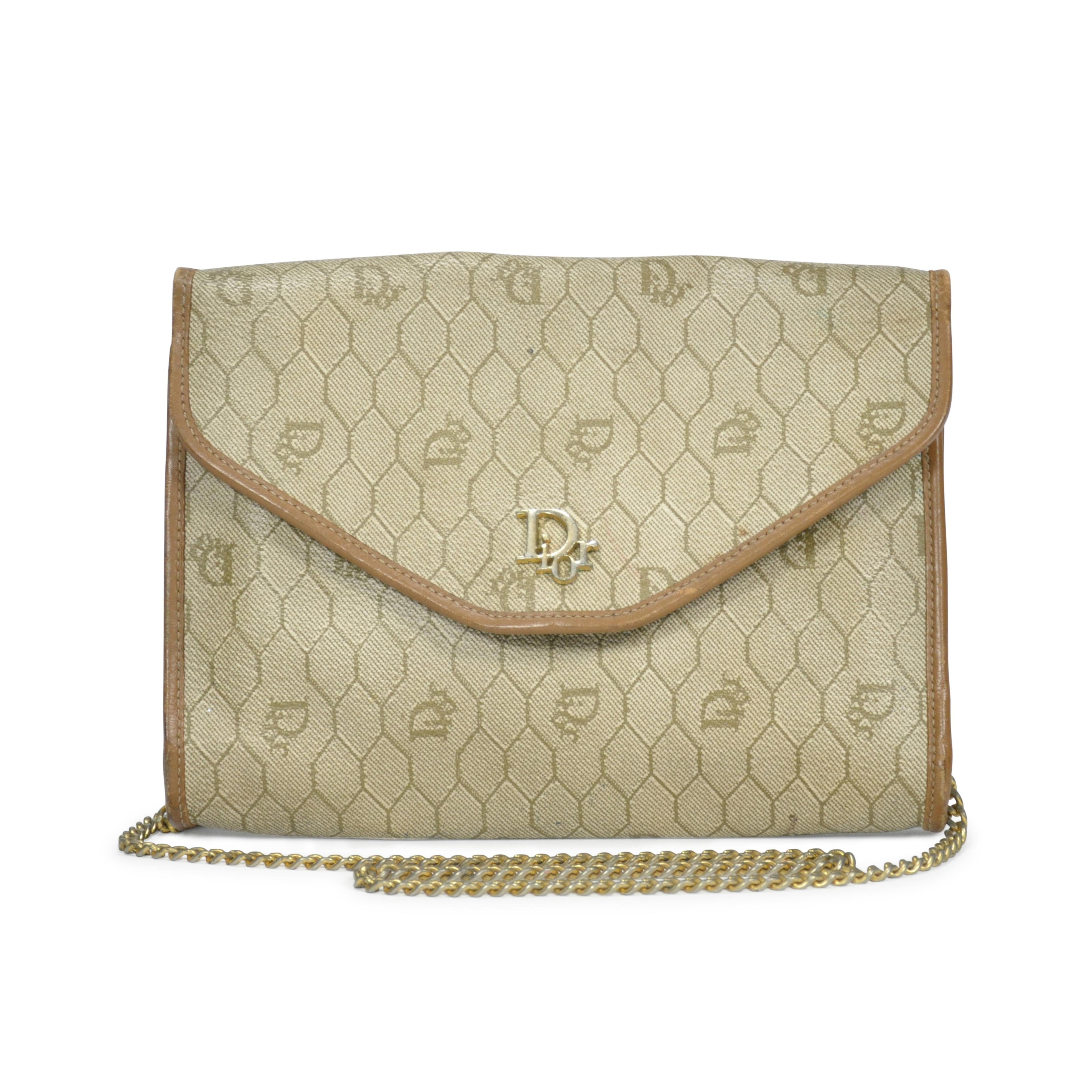 a3bdc52e103d Authentic Vintage Dior Honeycomb Chain Strap Bag (PSS-201-00006 ...