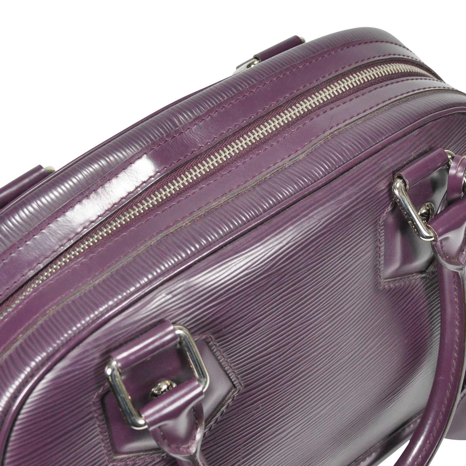 4b38a3556e3f ... Authentic Second Hand Louis Vuitton Epi Leather Bowling Montaigne Bag  (PSS-237-00005 ...