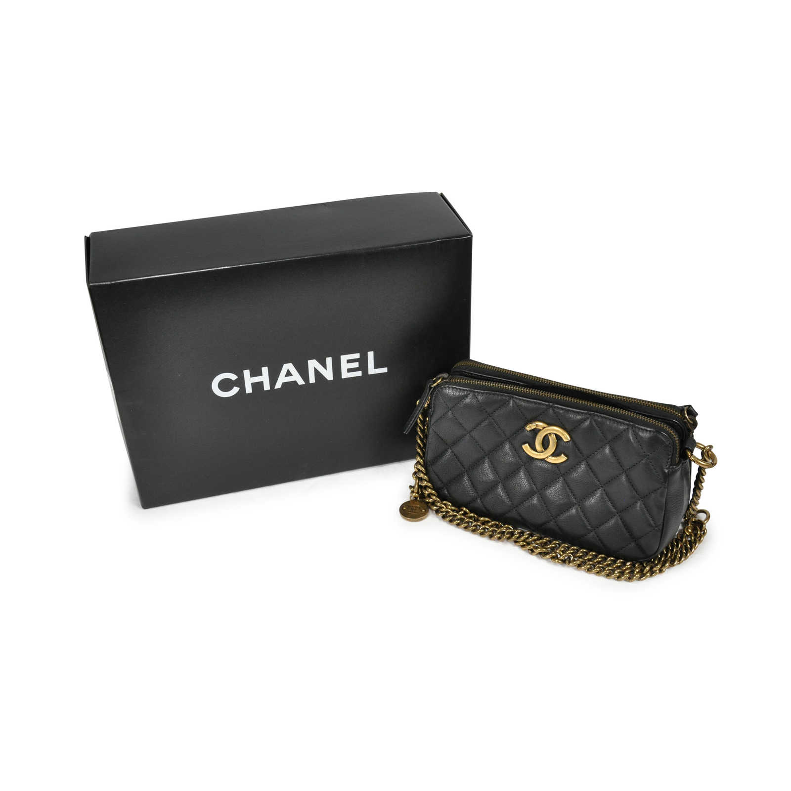 bde35b78c200 ... Authentic Second Hand Chanel CC Crown Double Zip bag (PSS-145-00088)