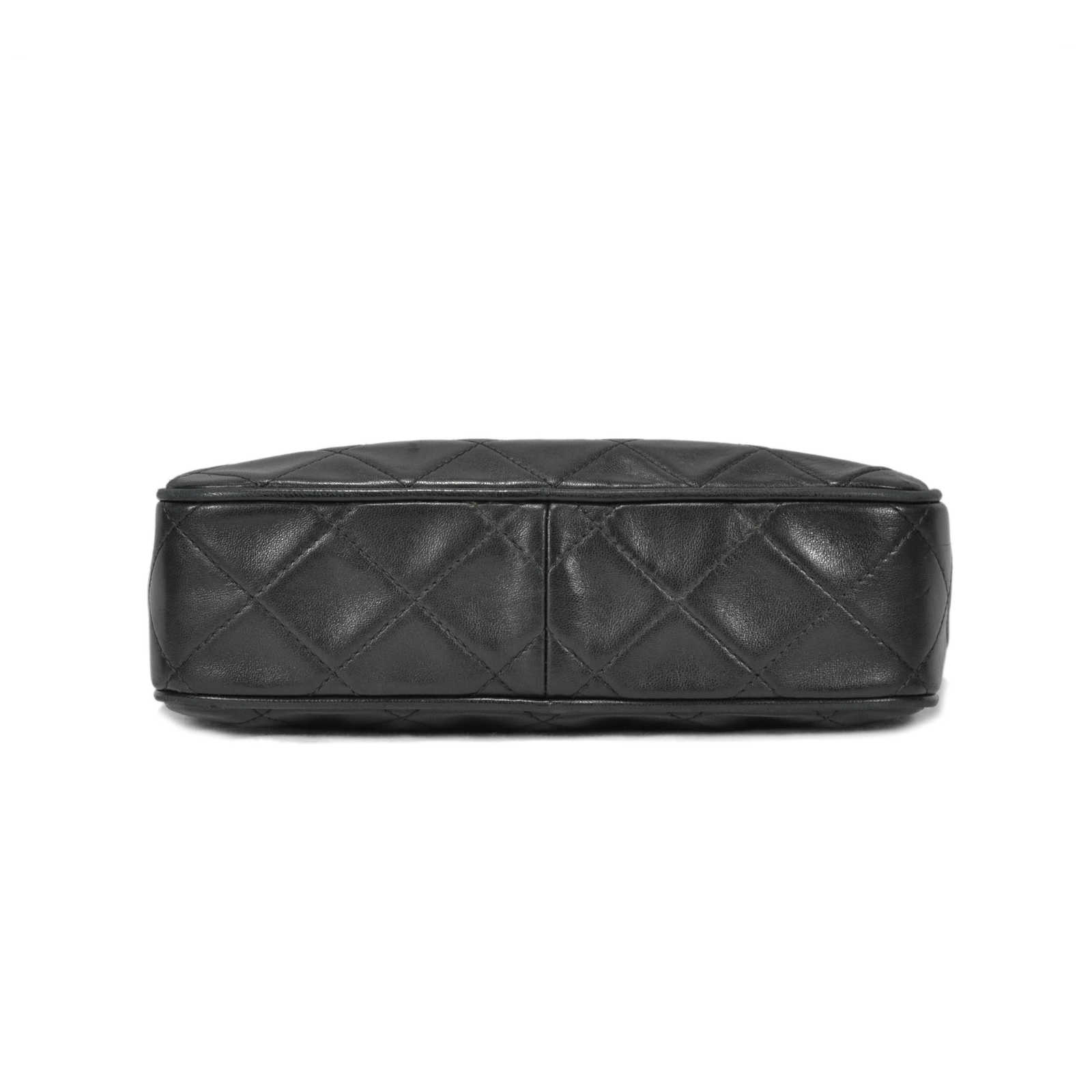 c662742f2630 ... Authentic Second Hand Chanel Quilted Classic Camera Bag (PSS-236-00004)  ...