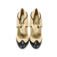 Spectator Mary Jane Runway Pumps