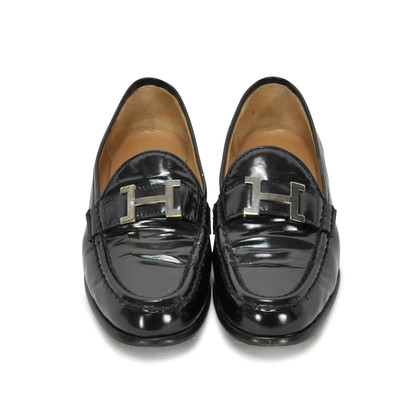 Authentic Second Hand Hermès Patent Loafers (PSS-265-00008)