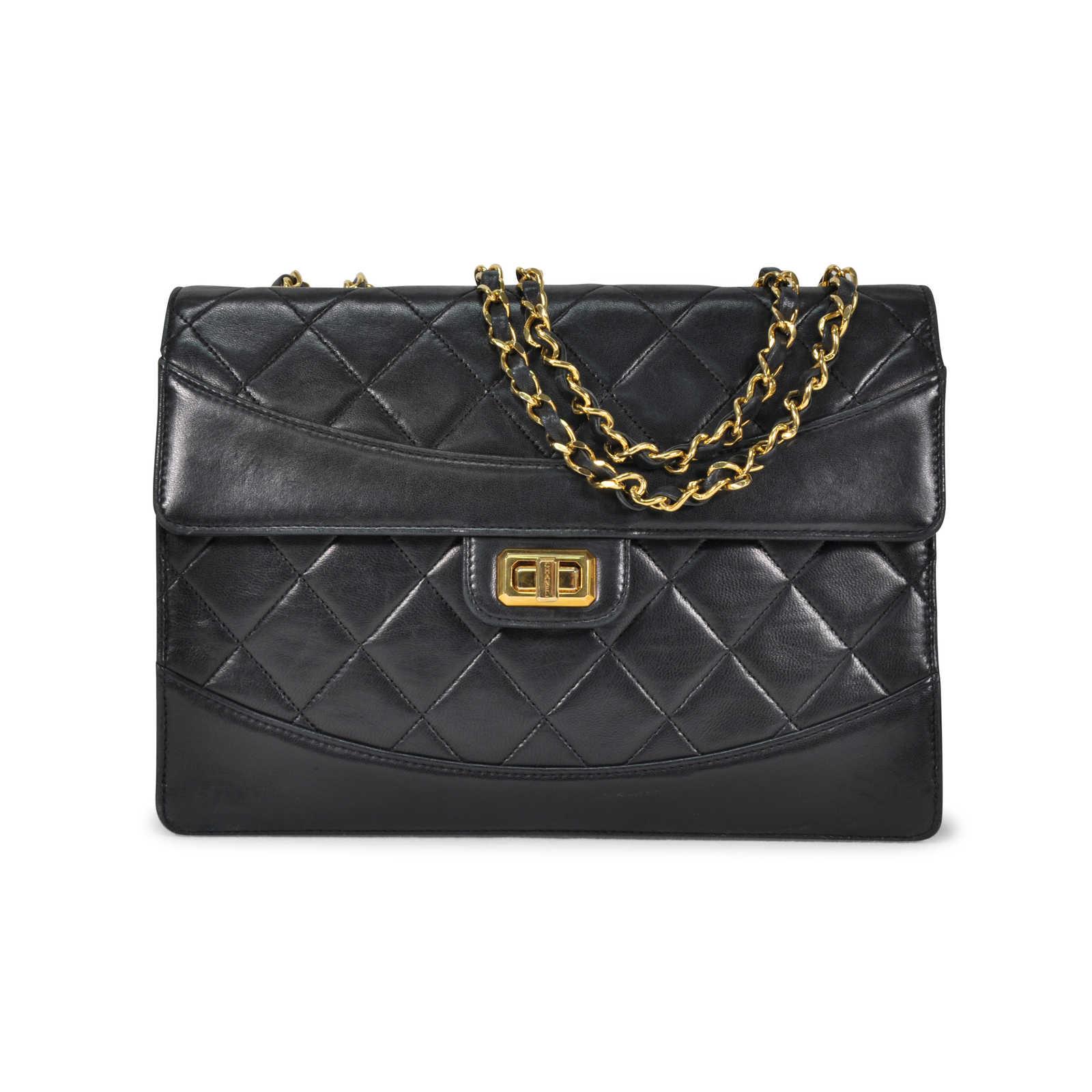 3449c2c2cbb2 Authentic Vintage Chanel Lock Detail Single Flap Bag (TFC-107-00024) ...