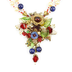 Miriam haskell molded glass and crystal double strand necklace 2