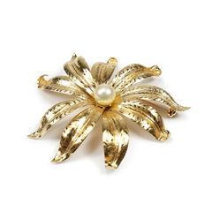 Faux Pearl Flower Brooch