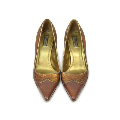 Authentic Second Hand Prada Pointed Toe Pumps (PSS-295-00032)