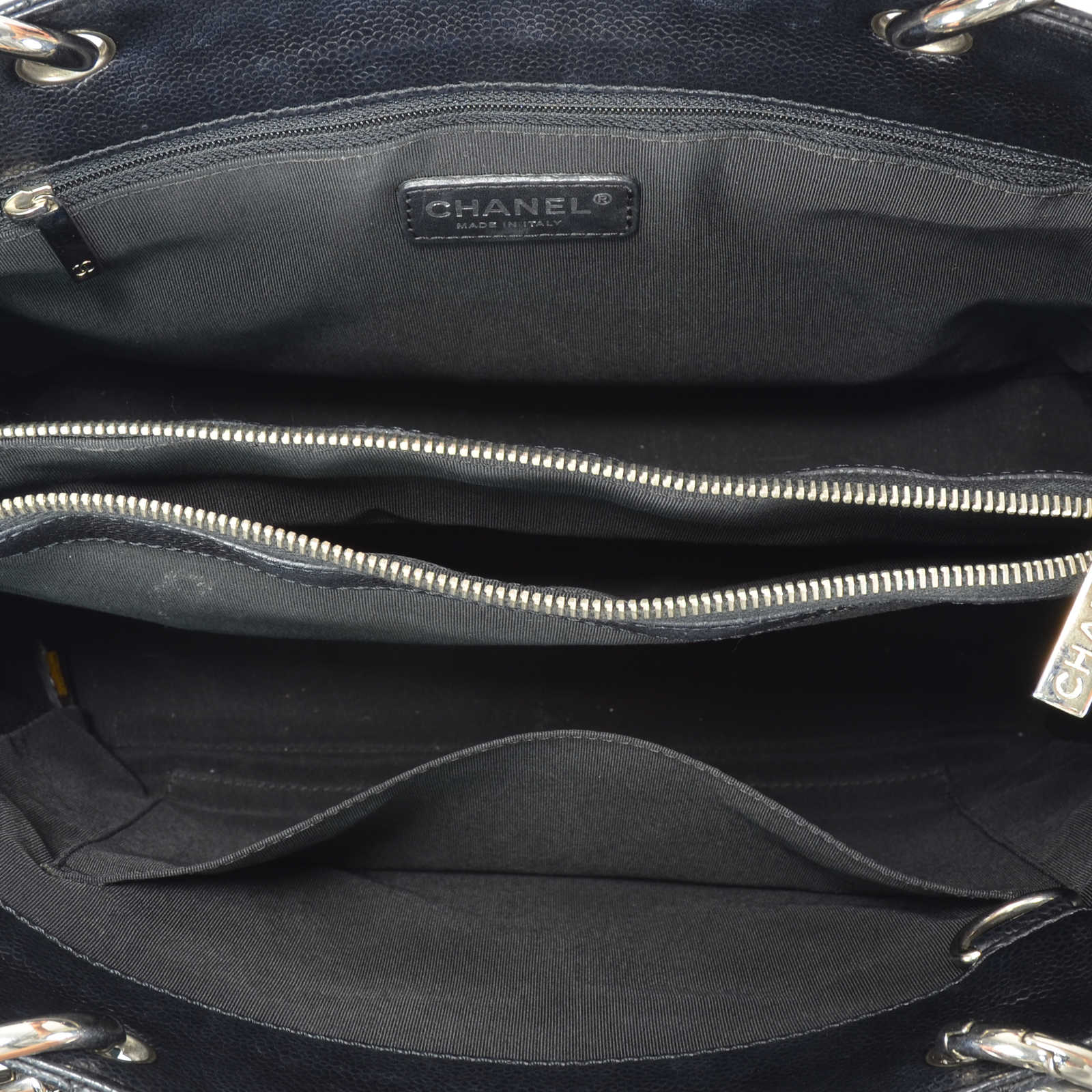 ac4d3fffc71ca ... Authentic Second Hand Chanel Black Grand Shopping Tote Bag  (PSS-236-00018)