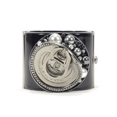 Chanel soup can bracelet 6?1494493773