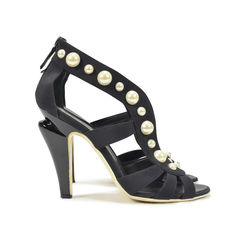 Chanel pearl studded sandals 2?1496309712