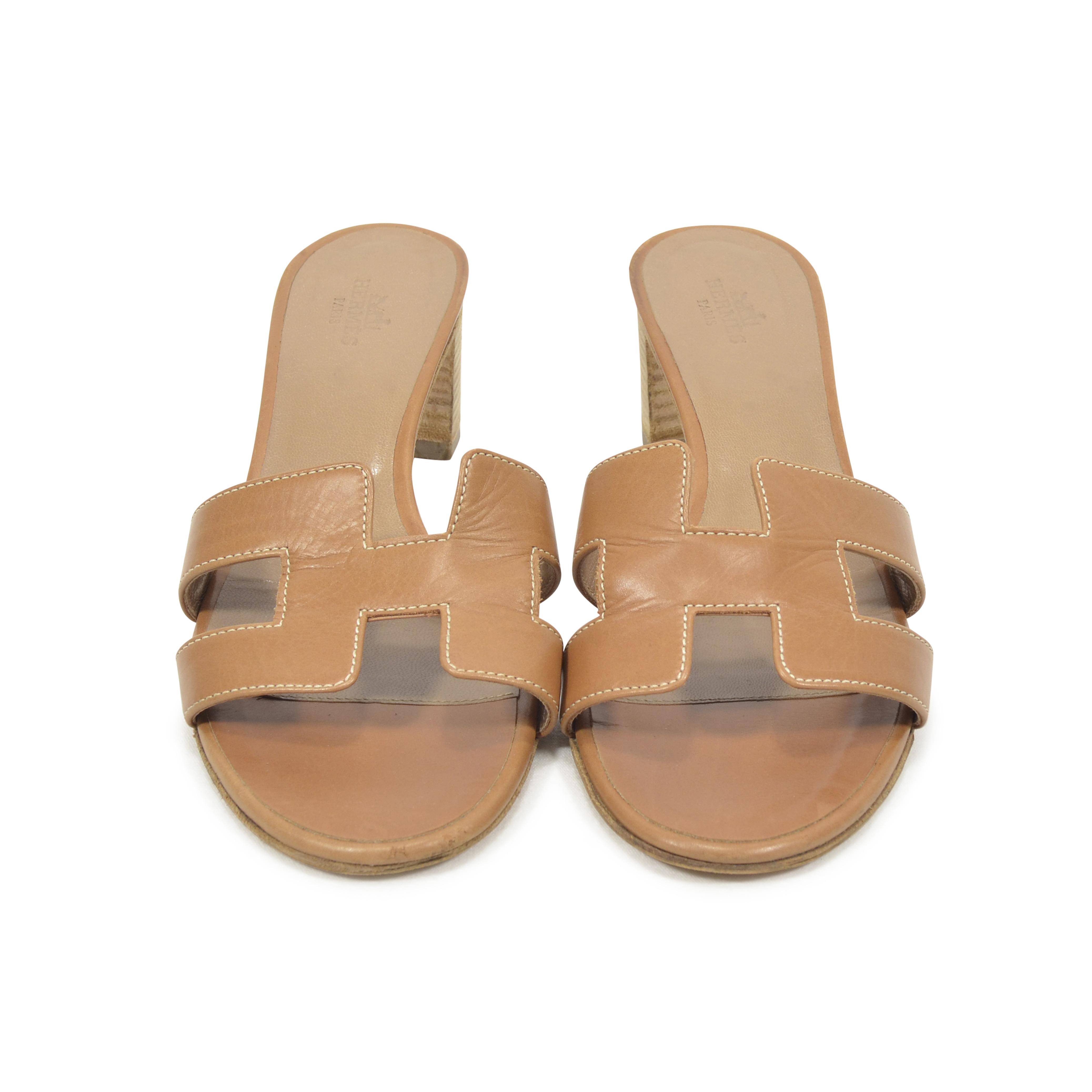e31373f499c7 Authentic Second Hand Hermès Oasis Sandals (PSS-311-00019)