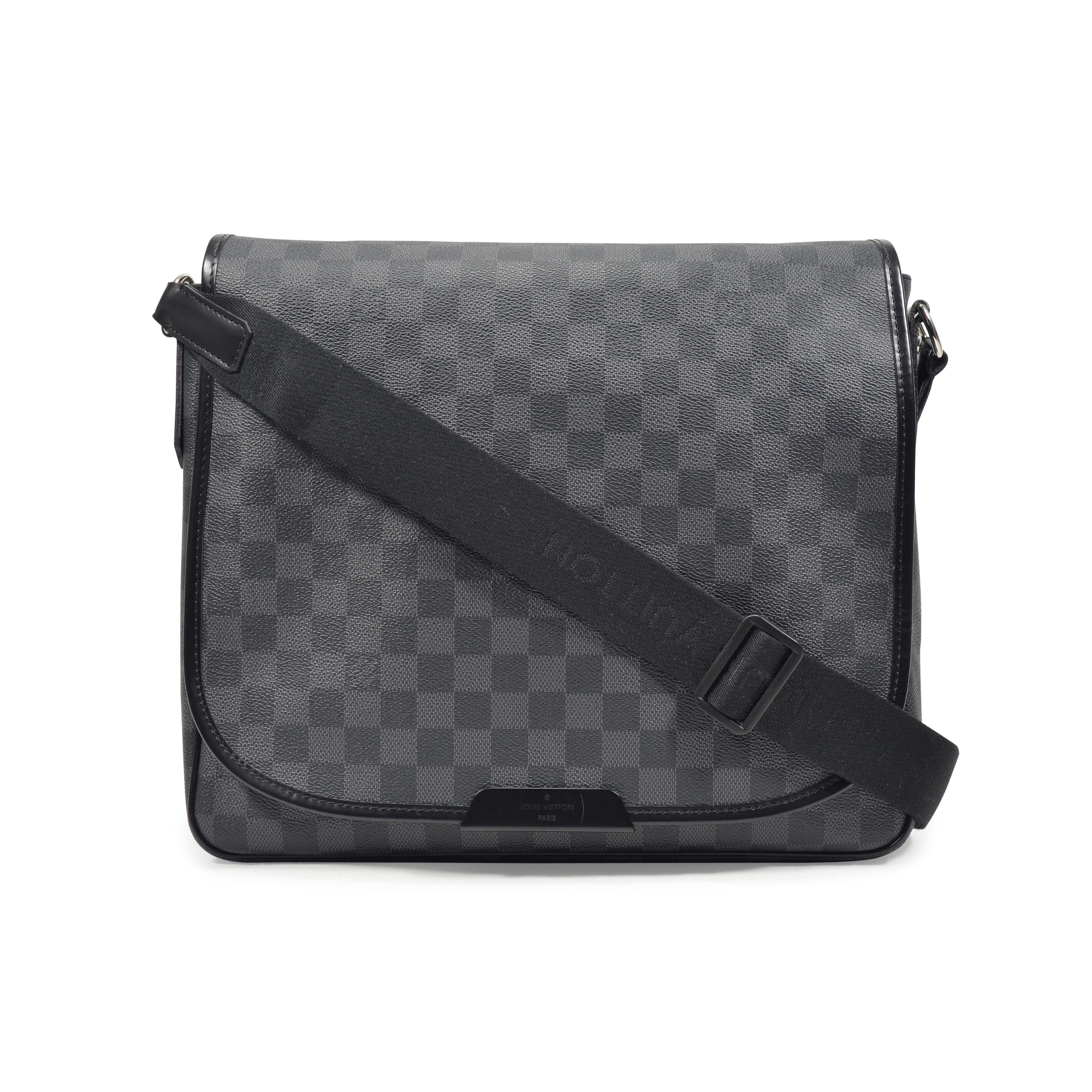 authentic pre owned louis vuitton district mm bag pss 311 00017