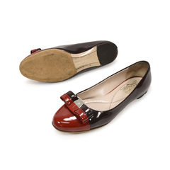 Salvatore ferragamo varina two toned flats 2?1498118952