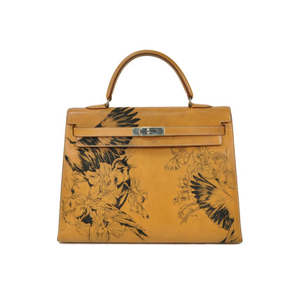 Authentic Vintage Hermès Tattooed Chamonix Gold Kelly 35 (TFC-107-00018)