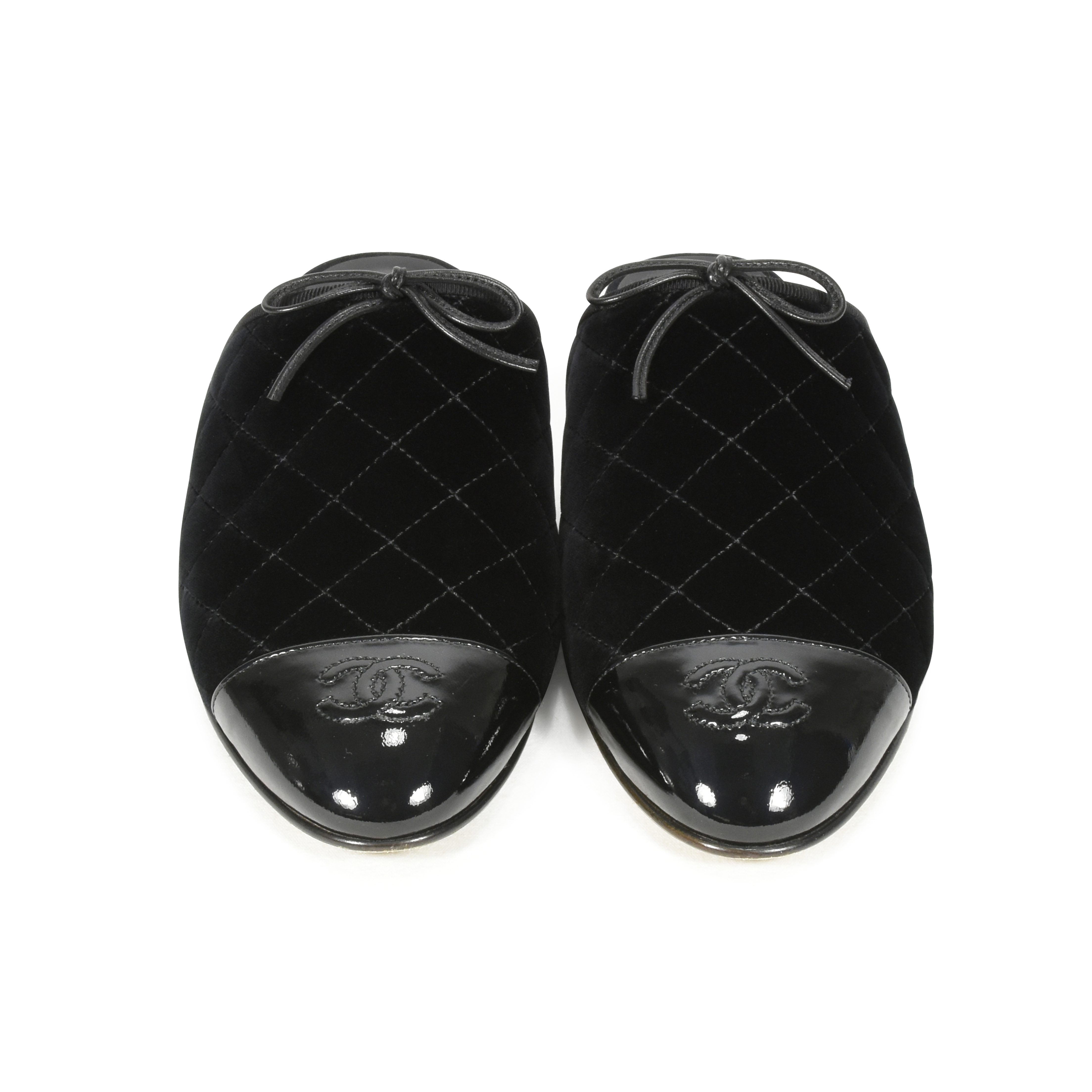 eb958ddf437 Authentic Second Hand Chanel Quilted Mules (PSS-051-00177)