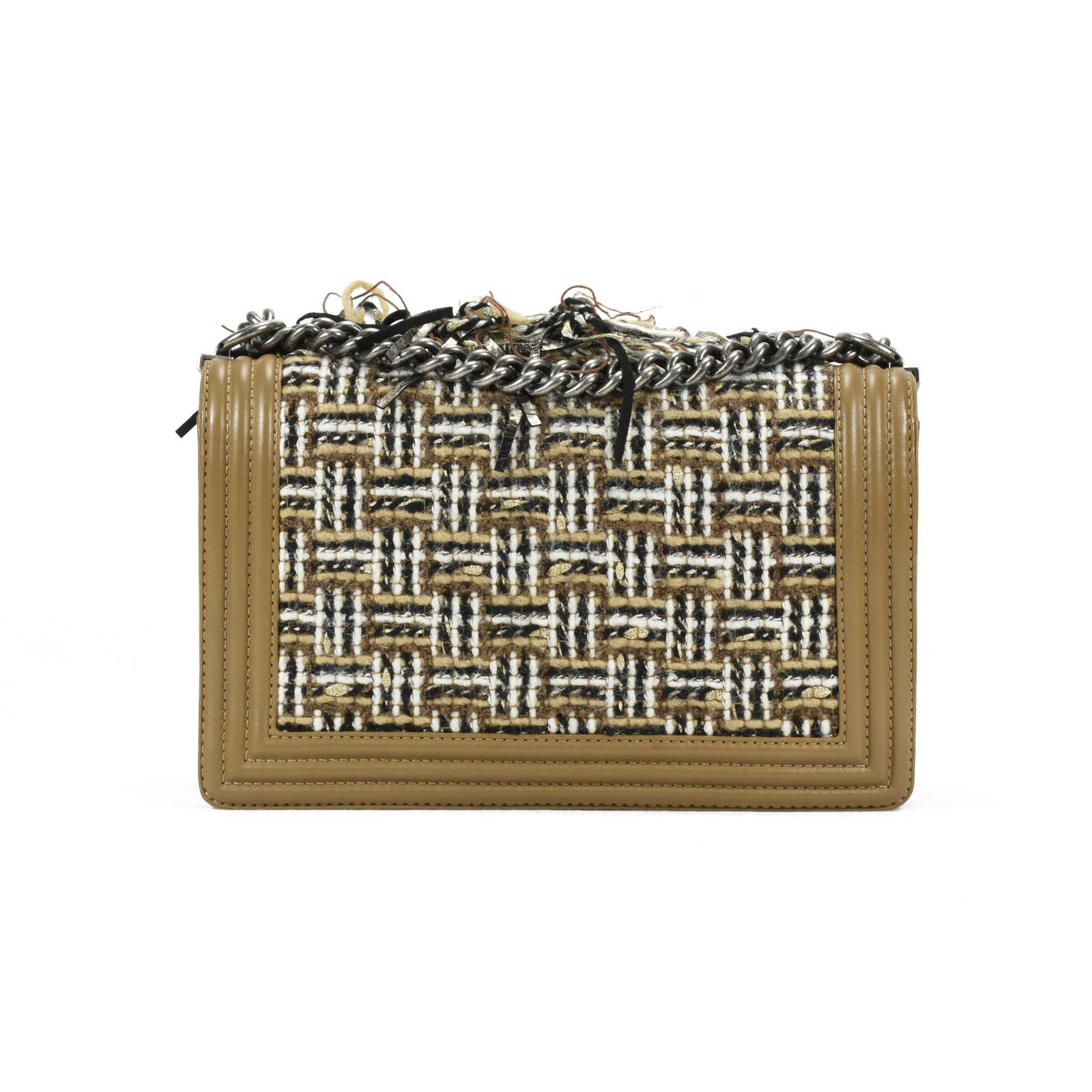 825d1f569a01 ... Authentic Second Hand Chanel Paris Dallas Enchained Fringe Boy Bag (PSS- 200-00986 ...