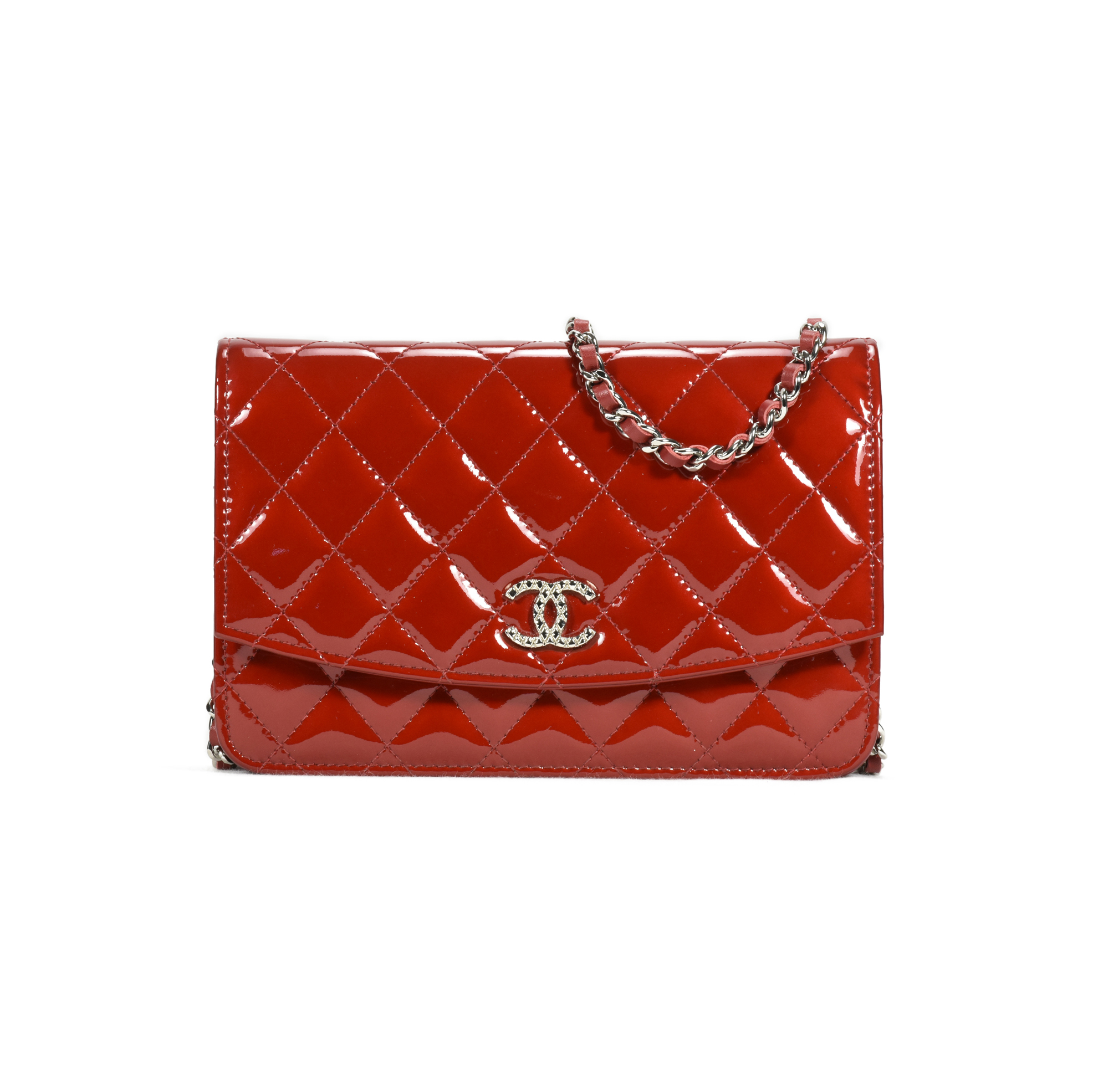 2eb497fb74f28a Authentic Second Hand Chanel Patent Brilliant Wallet on Chain  (PSS-240-00171) | THE FIFTH COLLECTION