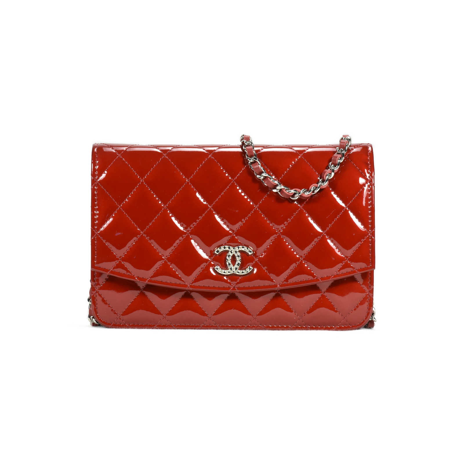 5ade2fe0 Authentic Second Hand Chanel Patent Brilliant Wallet on Chain (PSS ...