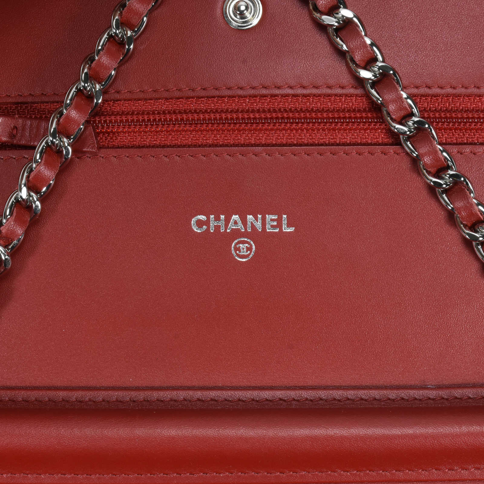 4fac314cf06fb6 ... Authentic Second Hand Chanel Patent Brilliant Wallet on Chain  (PSS-240-00171) ...