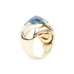 Bulgari pyramid blue topaz 18k two tone gold dome ring 5?1507106928