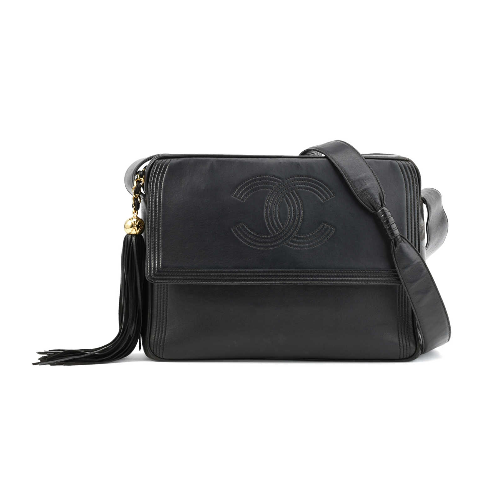 bf9af60d12ec Authentic Vintage Chanel Tassel Messenger Bag (PSS-411-00001) - Thumbnail 0  ...