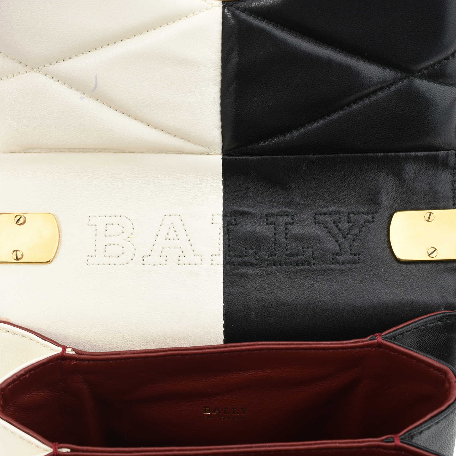 c2a5bbfec2 ... Authentic Second Hand Bally Eclipse Bag (PSS-309-00001) - Thumbnail 8  ...