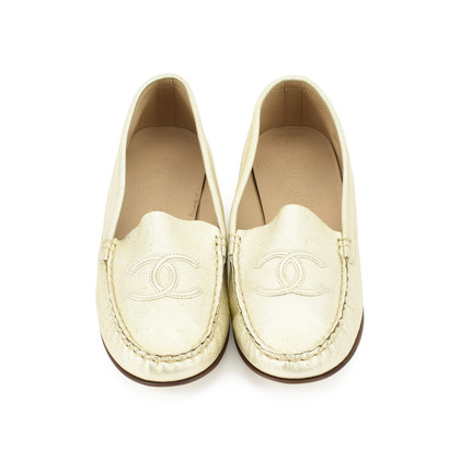 Authentic Second Hand Chanel Logo Loafers (PSS-200-00700)