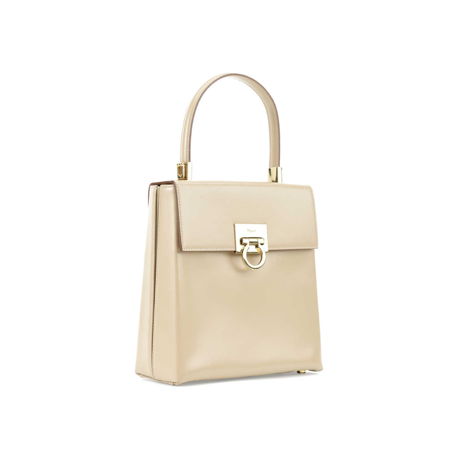 ... Authentic Vintage Salvatore Ferragamo Lady Gancini Kelly Bag  (PSS-377-00051) ... b1e74e1b6f32d