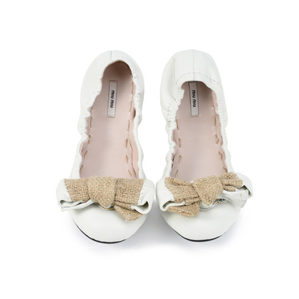 Authentic Second Hand Miu Miu Bow Ballet Stretch Flats (PSS-392-00005)