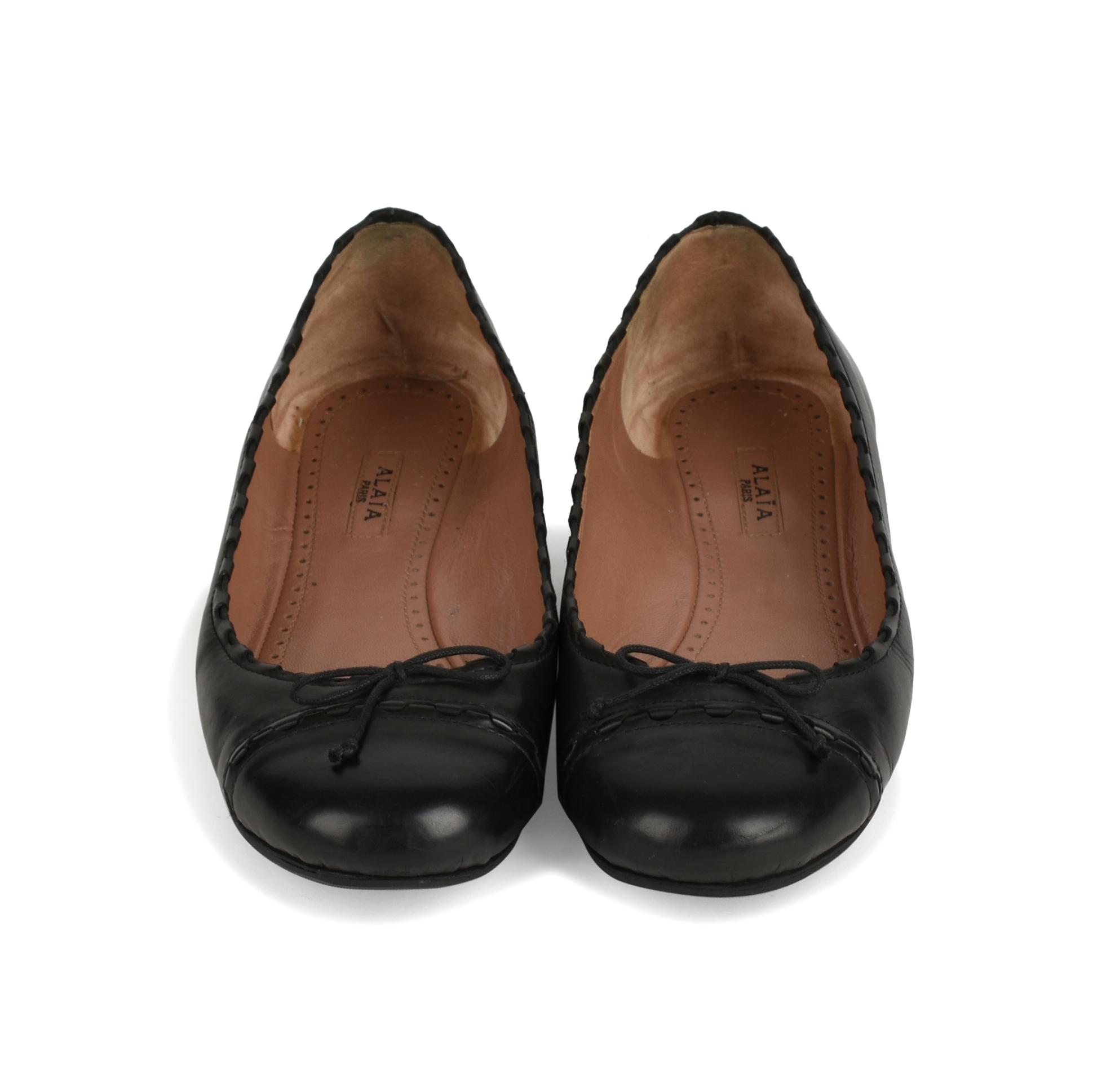 Authentic Second Hand Azzedine Alaïa Leather Ballet Flats (PSS-436-00033)  c75c511eee36f