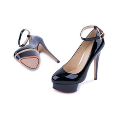 Charlotte olympia patent dolly pumps black 2?1521610296