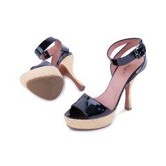 Alaia patent platform sandals 2?1521610381