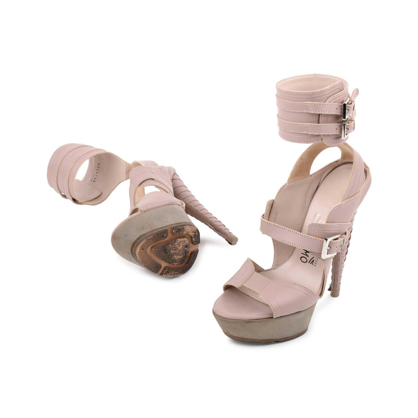 bc7077c4688d27 ... Authentic Second Hand Salvatore Ferragamo Braided Platform Sandal  (PSS-080-00221) ...