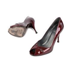 Stuart weitzman deep red patent heels 2?1522496555