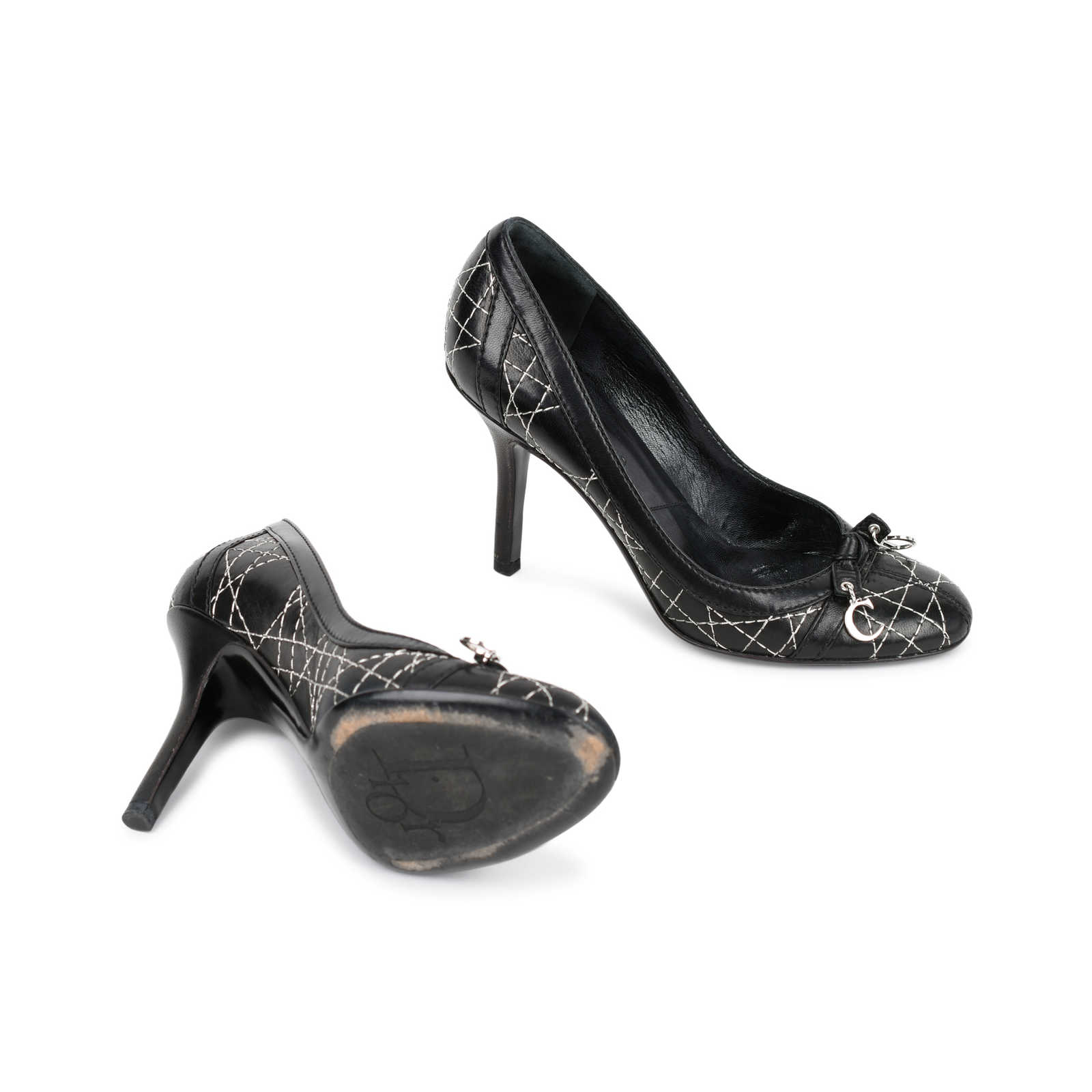 2a649021cb ... Authentic Second Hand Christian Dior Cannage Quilted Pumps  (PSS-462-00006) ...