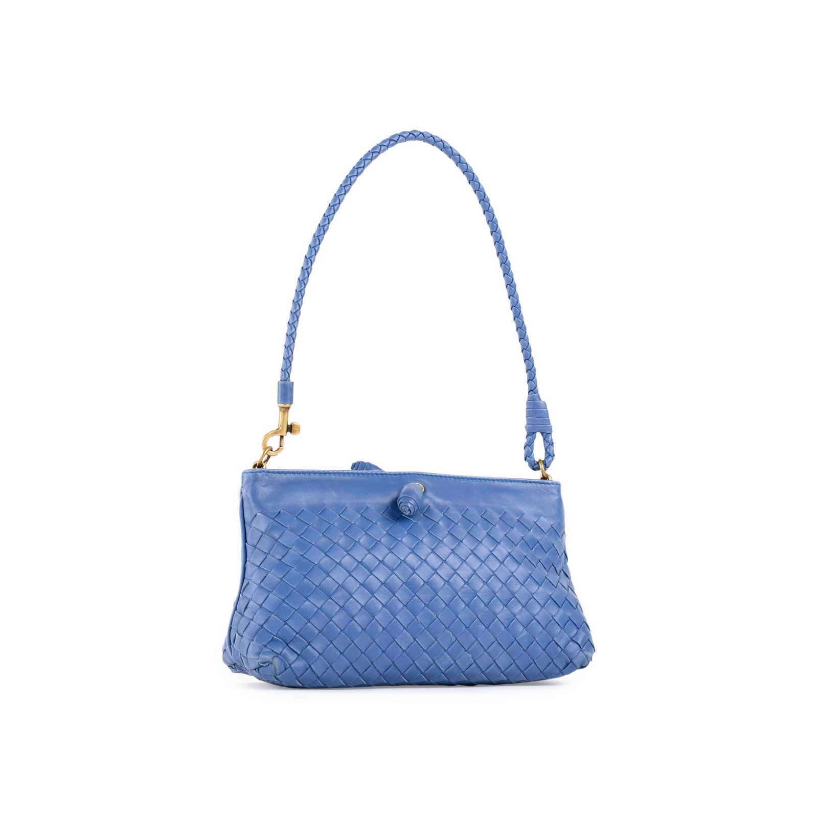 a9e53d13a456d ... Authentic Second Hand Bottega Veneta Intrecciato Small Leather Shoulder  Bag (PSS-462-00032 ...