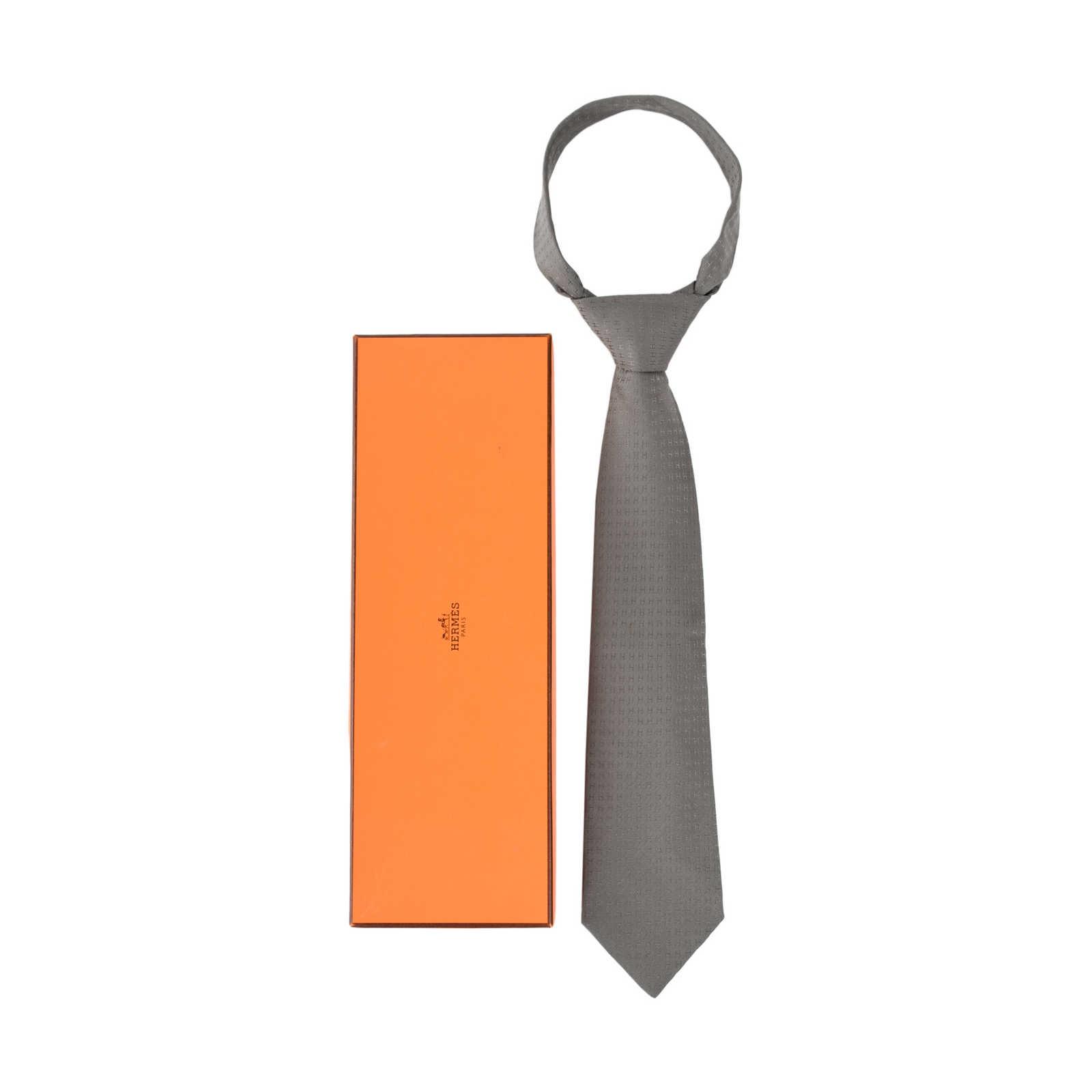 41f93320a51ab ... Authentic Second Hand Hermès Faconnee H Jacquard Neck Tie  (PSS-462-00015)