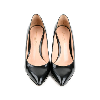 Authentic Second Hand Gianvito Rossi Patent Leather Pumps (PSS-466-00017)