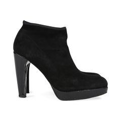 Stuart weitzman ankle sock boots 2?1531378974