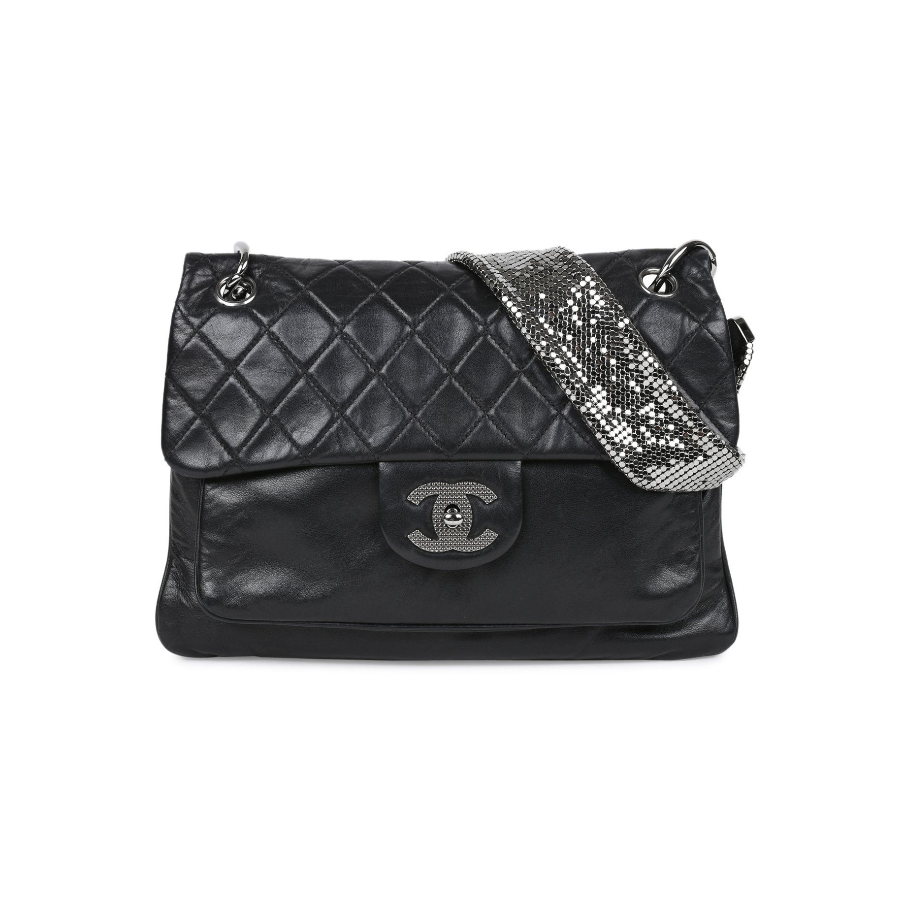 1735fe512c97 Authentic Second Hand Chanel Lambskin and Chainmail Flap Bag  (PSS-515-00010) | THE FIFTH COLLECTION