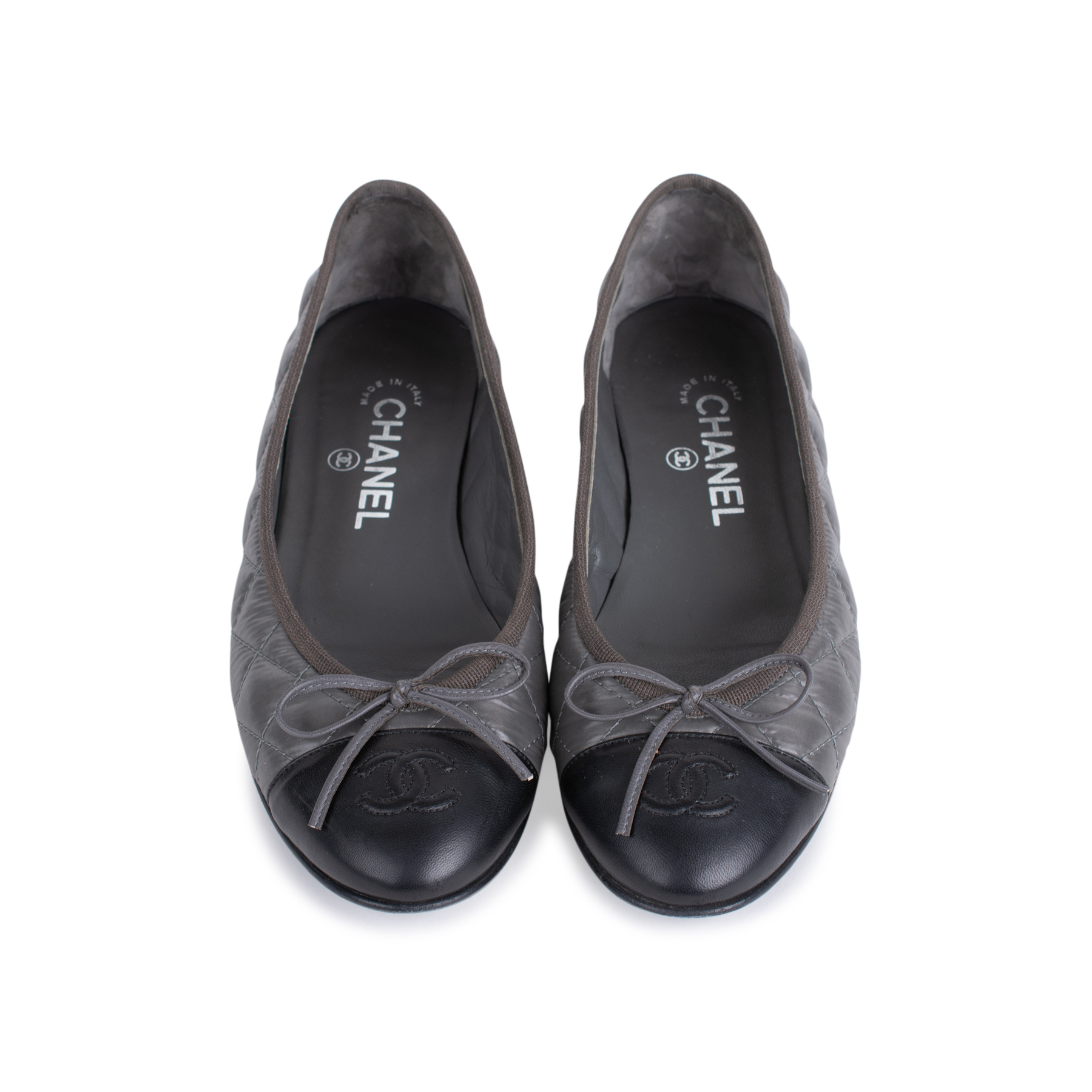 62e9b60994b Authentic Second Hand Chanel Nylon Quilted Ballerina Flats Pss 544.  Prevnext. Chanel Black Quilted Leather ...