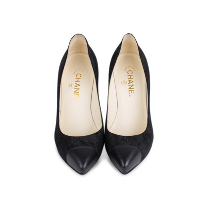 Authentic Second Hand Chanel Suede Cap Toe Pointed Pumps (PSS-544-00002)